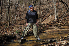 Crossing a creek on the white trail at Busiek