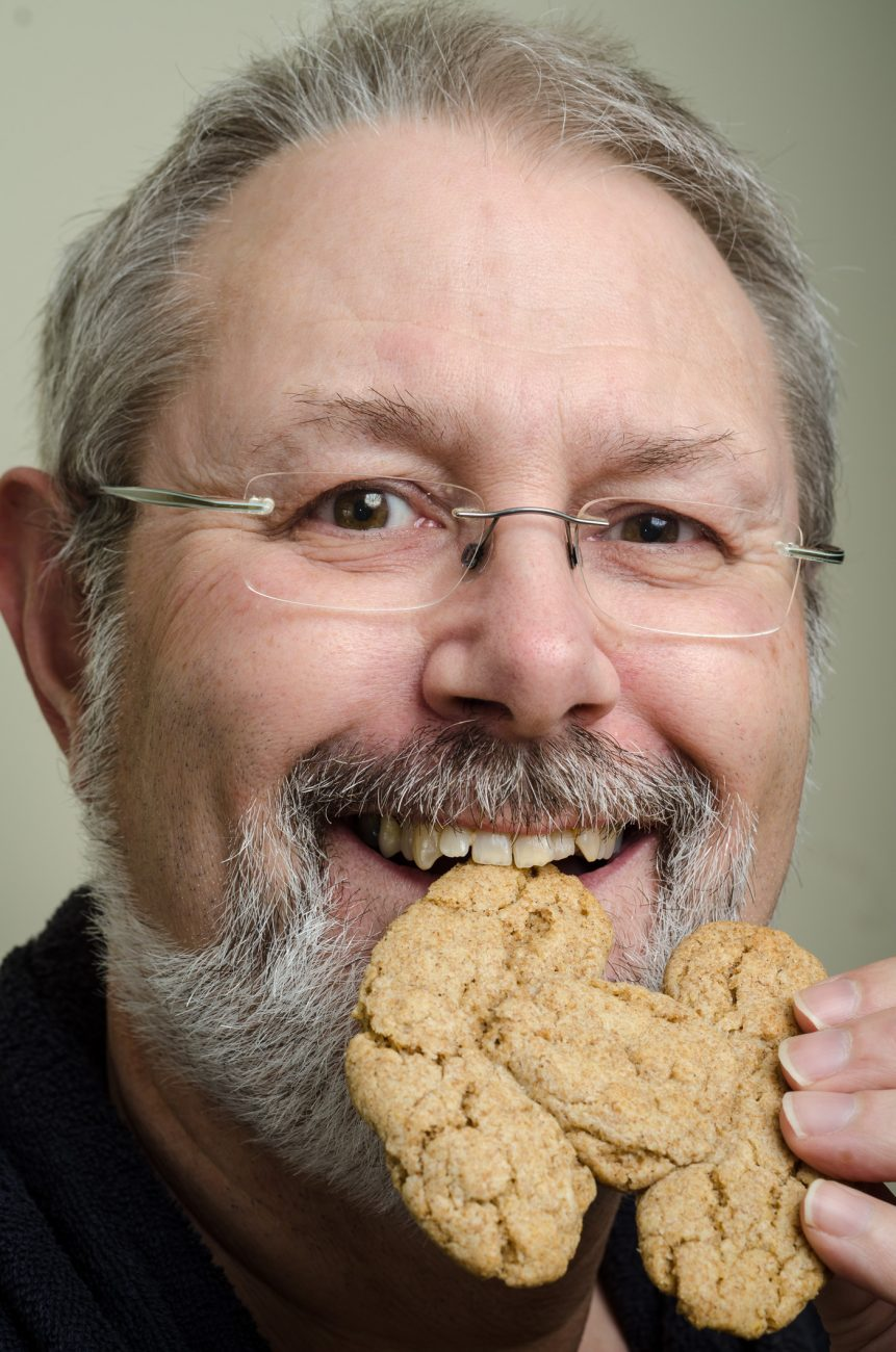 Gary eats a Tie fighter (cookie)