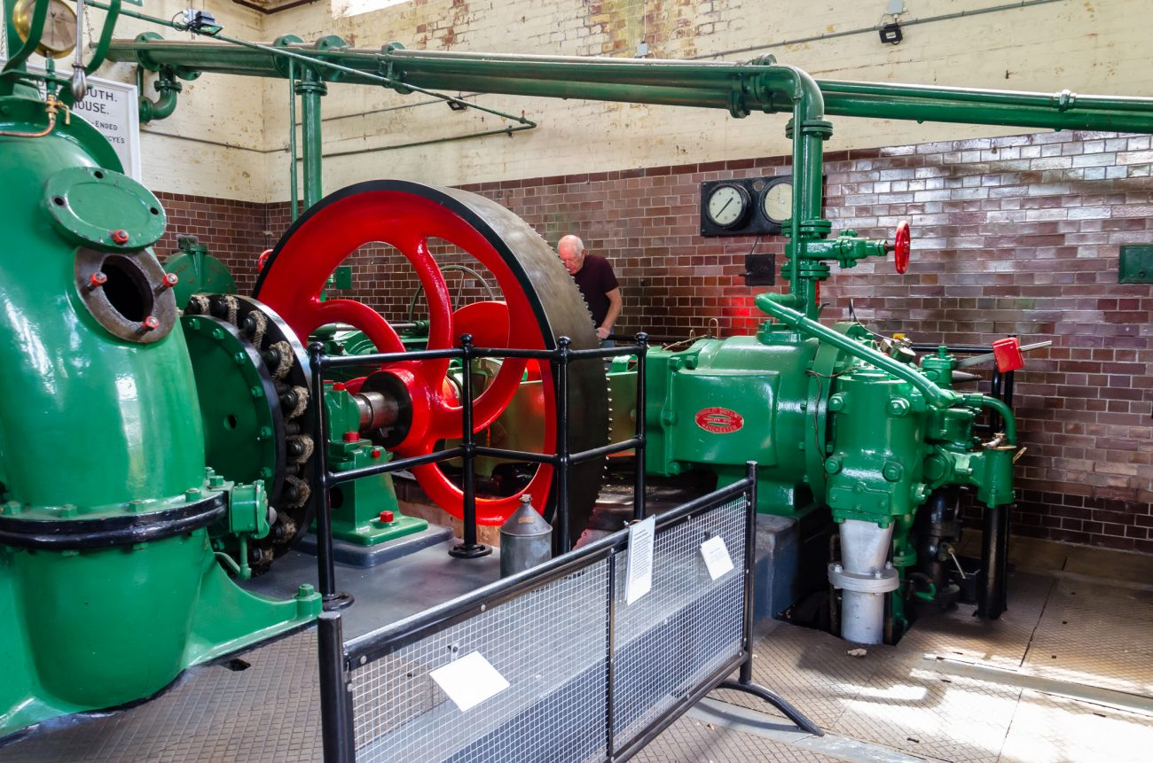 Photograph of a Gas Engine at the Eastney Gas Engine House, Eastney, Portsmouth