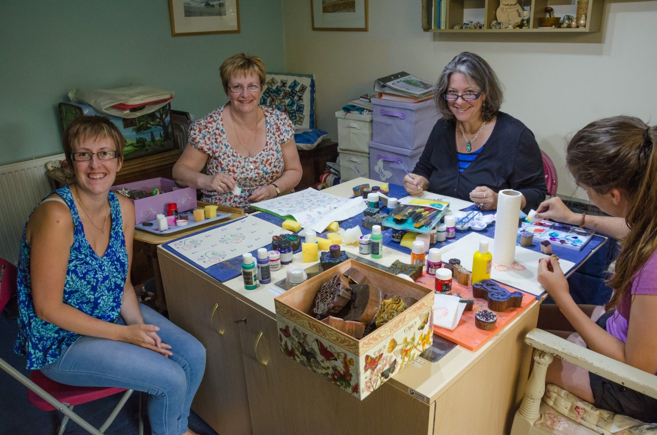 Dee, Jan, Ginger and Lanie do some crafting