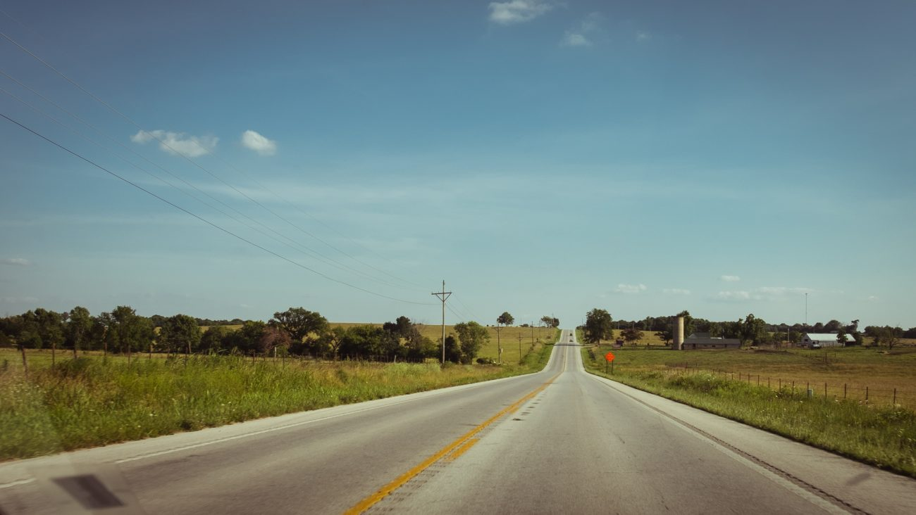Picture showing empty roads in the Ozarks
