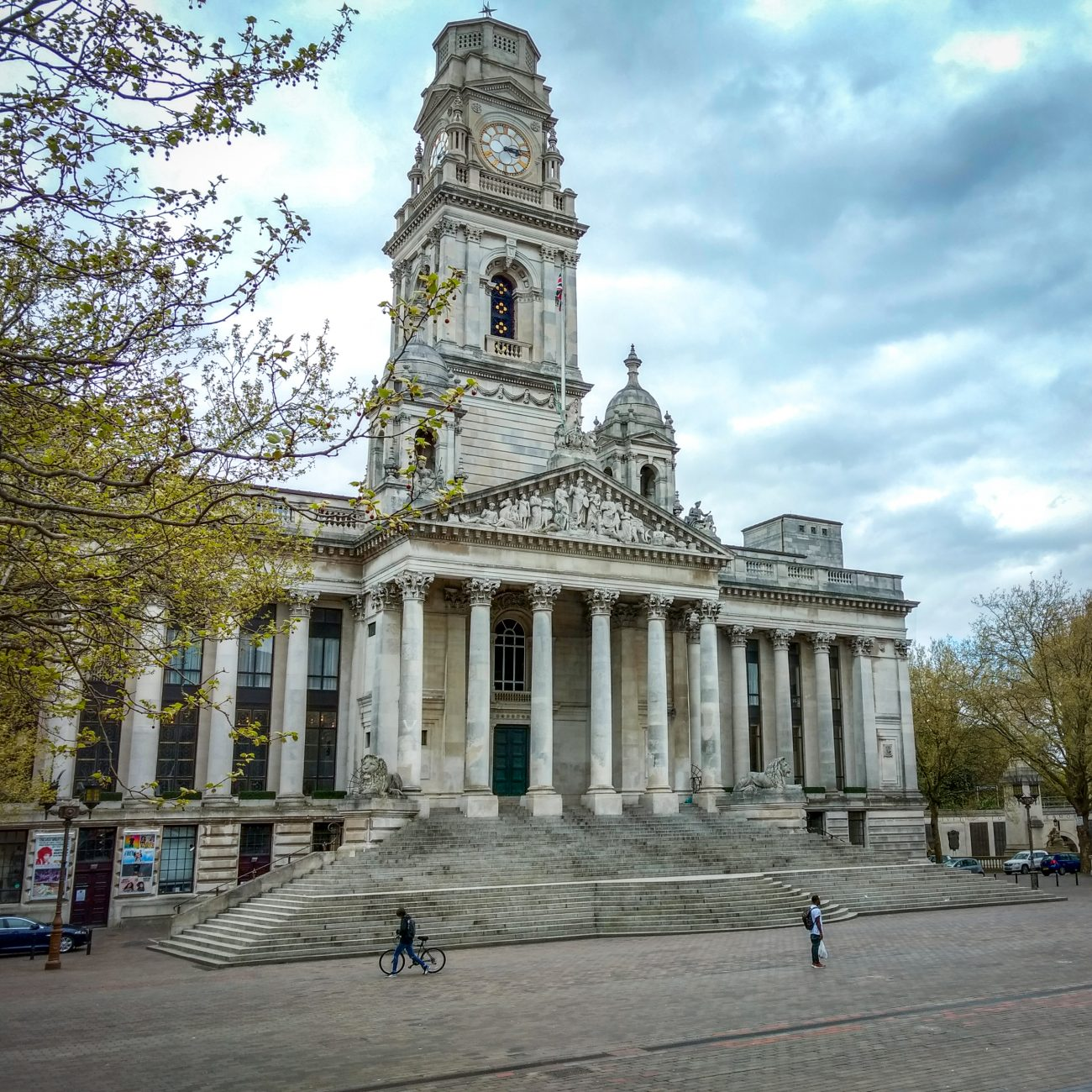 Photograph of Portsmouth Guildhall, Portsmouth UK