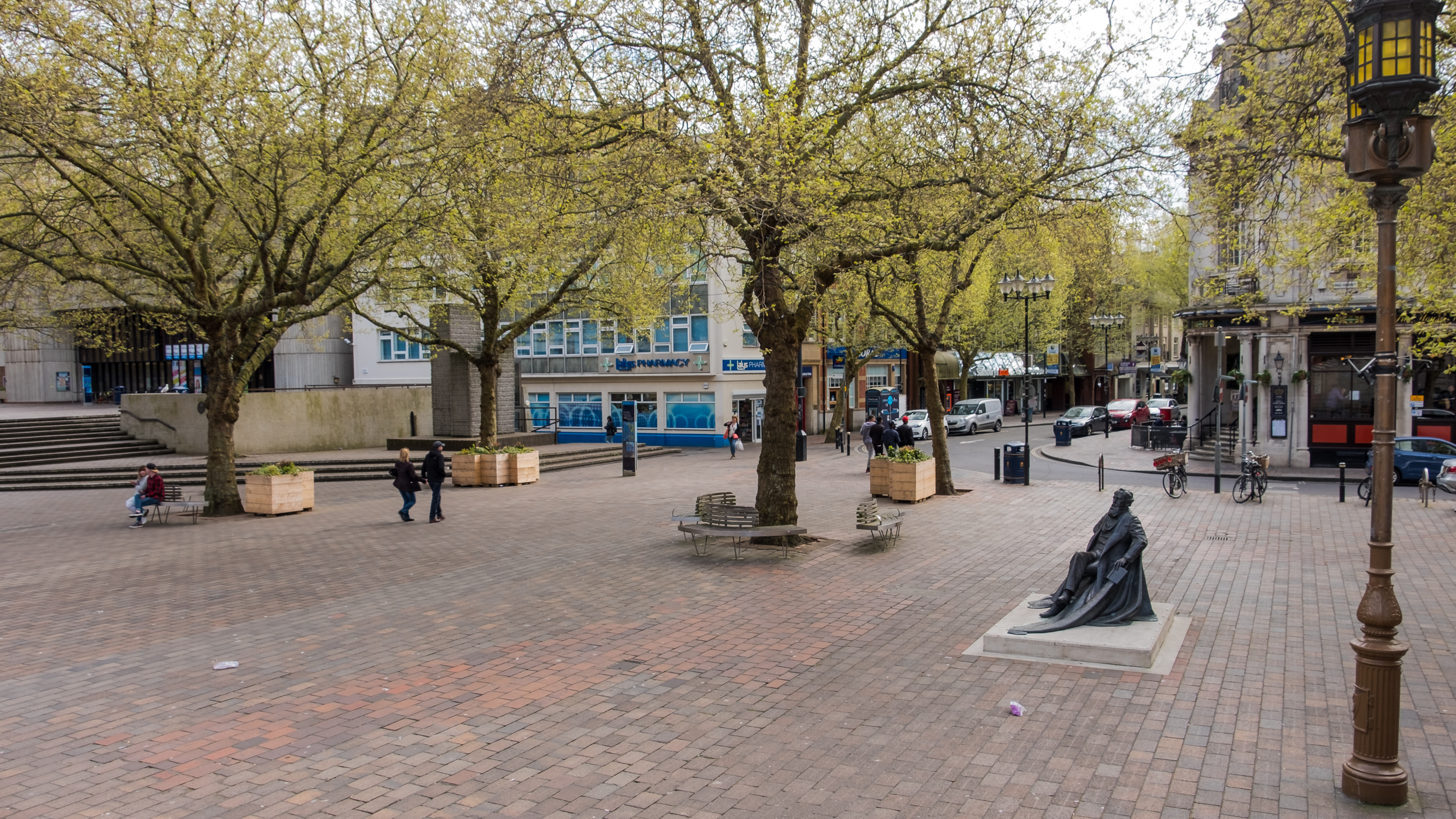 Photograph of Portsmouth Guildhall Square, Portsmouth UK