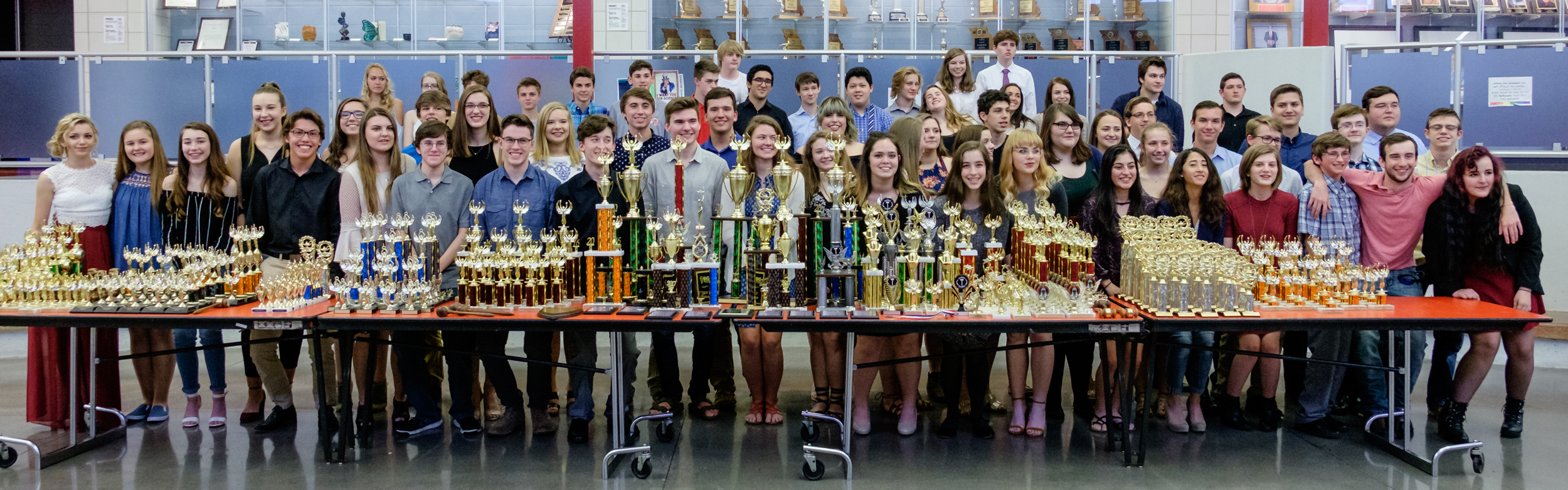 photograph of the 2017 Glendale High School Students with their Speech and Debate Trophies