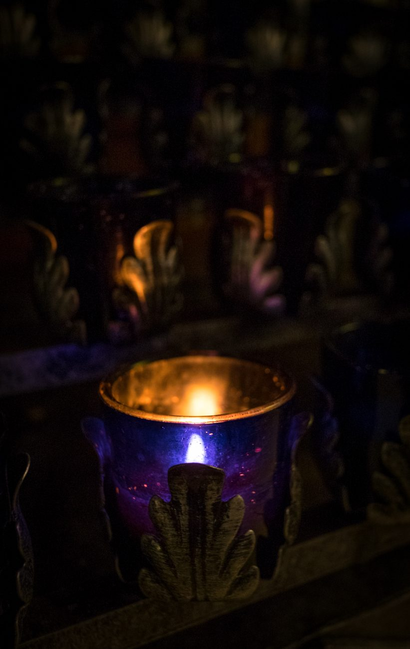 Picture of a votive candle at ST. John's Episcopal Church, Springfield, Missouri