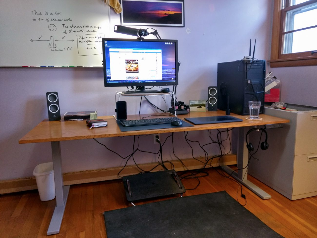 "Autonomous Desk at 24"" height"